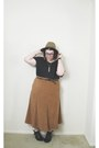 Black-ankle-boots-boots-camel-target-hat-black-scalloped-shirt