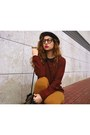 Black-love-clothing-boots-crimson-love-clothing-sweater
