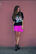 magenta H&M skirt - black no brand shoes