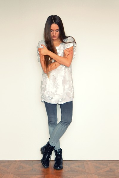 black asoscom boots - white asos top