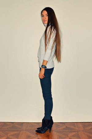 black Mango boots - teal pull&bear jeans