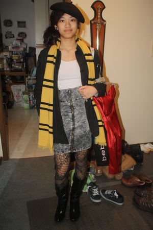 black united colors of benetton hat - black boots - gray Zara skirt - yellow sca