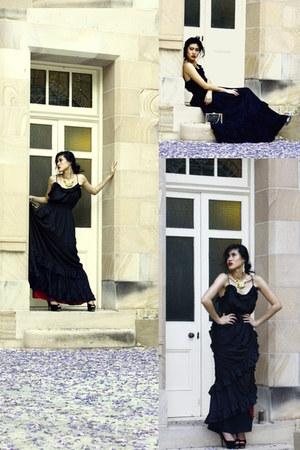 black Forever New dress - off white Target purse - black black heels betts heels
