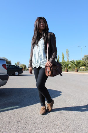 light brown shoes - dark brown leather jacket - brown bag - black pants