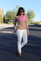 white skinny JustFab jeans - camel graphic Old Navy sweater