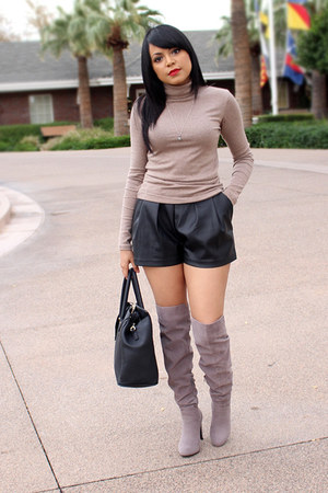 black leather H&M shorts - heather gray turtleneck Forever 21 top