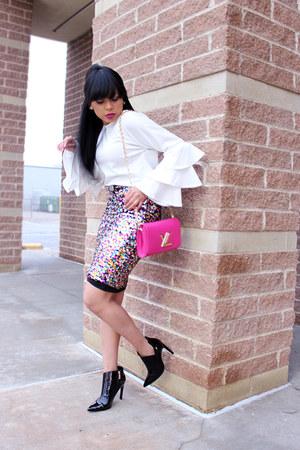black patent leather Zara boots - hot pink Louis Vuitton bag