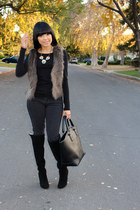 light brown faux fur H&M vest - black Steve Madden boots