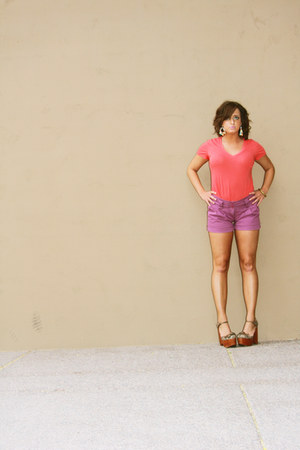hot pink v-neck Express shirt - amethyst high-waisted I 3 Ronson by Charlotte Ro