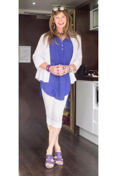 violet leather cotton traders sandals - white cotton crop George leggings