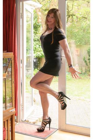 Marks & Spencer top - new look heels - black mini papaya skirt