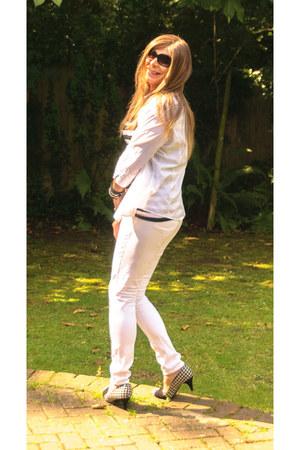 white cotton Primark leggings - white cotton GeorgeAsda shirt