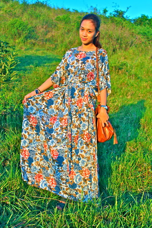 maxi Habibi by Ria Alazas dress - wholesaledressnet bag - romwe sandals