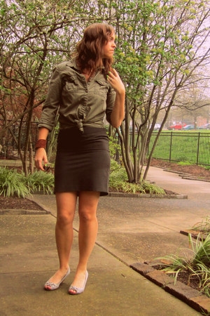 olive green H&M blouse - gray The Limited skirt