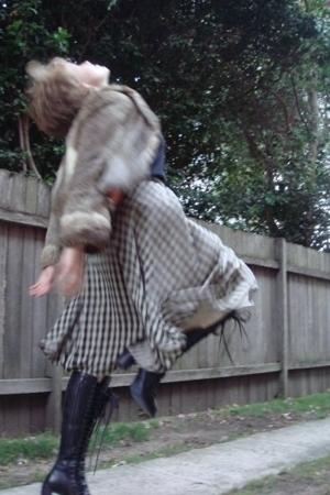 green thrift skirt - black ann demeulemeester boots