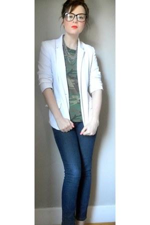 blue Express jeans - white blazer