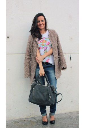 light brown Mahe coat - magenta Enzo Couture shirt - heather gray moa bag