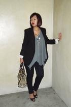 Zara blazer - flea market top - Uniqlo jeans - Charles & Keith shoes - Chomel ne