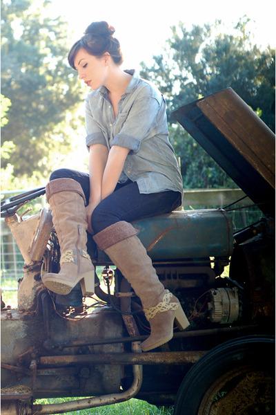 blue H&M shirt - brown Nine West boots - blue tory burch jeans