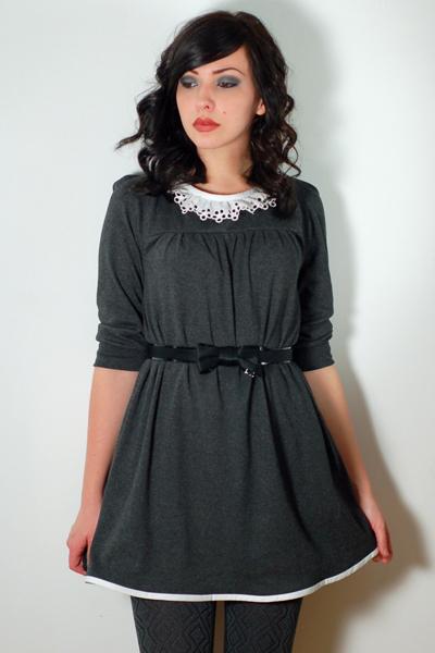 black seychelles blimeys belt - black shoes - gray postlapsaria dress