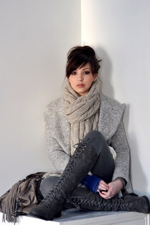 charcoal gray Wanted boots - heather gray asian icandy coat