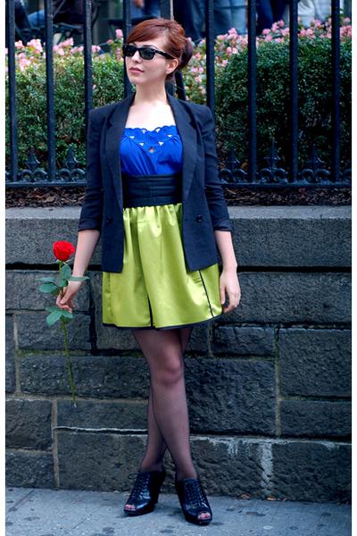 green postlapsaria skirt - black modcloth shoes - black vintage blazer