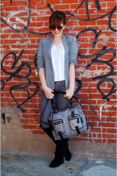 gray coach purse - black vintage shoes - gray PacSun jeans