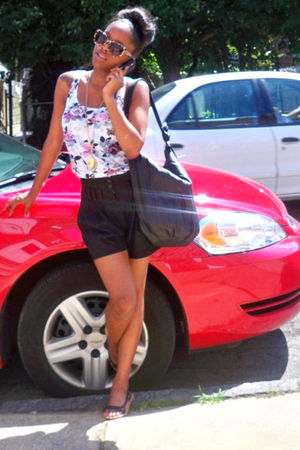 beige H&M accessories - black Forever 21 shorts - Forever 21 shirt