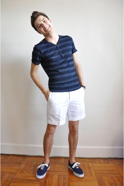 Men's Blue H&M Skirts, Blue West Marine Shoes, White Club Monaco ...