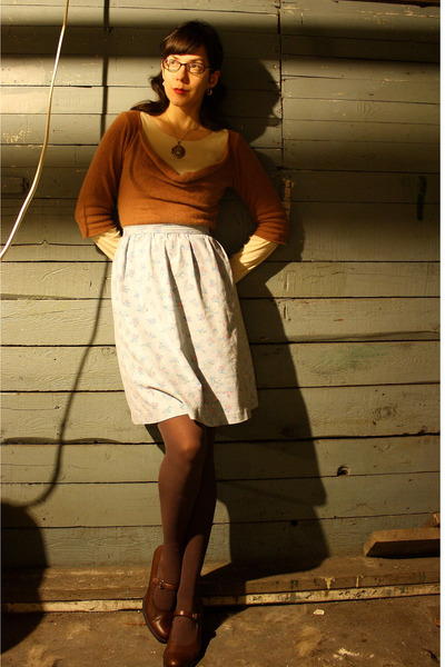 brown Anthropologie sweater - blue vintage skirt - brown Target tights - brown b