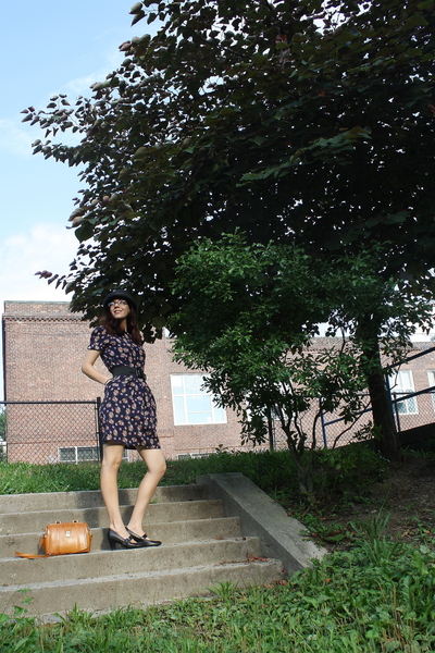 thrifted dress - Marshalls belt - Clarks shoes - scalla collezione hat - Etsy pu