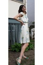 vintage dress - payless shoes - accessories