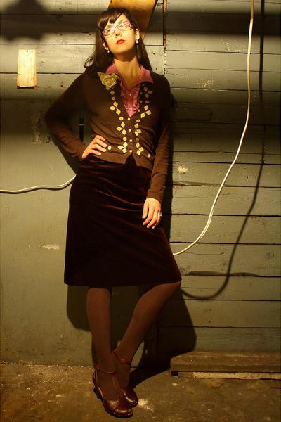 red vintage skirt - brown Anthropologie sweater - pink vintage dress blouse - wh
