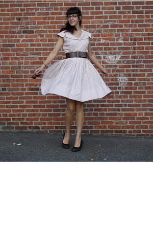 vintage dress - Target belt - I Love Comfort shoes - f21 glasses - Gifts accesso