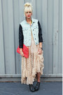 Light-blue-denim-jacket-hot-pink-anthropologie-bag