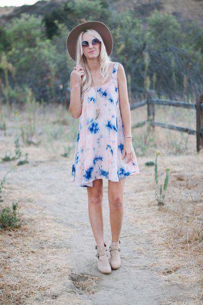 oxford trunk dress