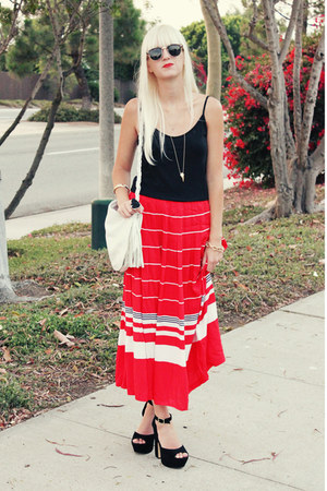 red vintage skirt - black Steve Madden heels