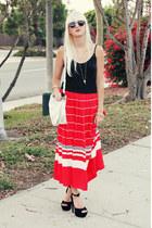 red vintage skirt - black Steve Madden heels