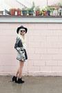 Black-leather-h-m-skirt-black-sam-edelman-boots-black-pacsun-sweater