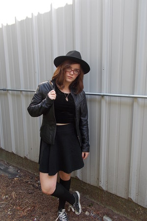 Italy jacket - H&M hat - unknown socks - Converse sneakers - H&M skirt