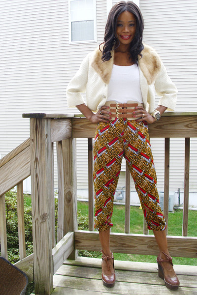 vintage jacket - Jessica Simpson shoes - thrifted pants - H&amp;M t-shirt - H&amp;M belt