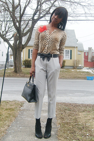 AnnTaylor cardigan - Theory pants - f21 shoes - HermesVintage purse - Feather pi