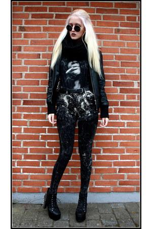 black distressed H&M leggings - black distressed Coal N Terry Vintage shorts