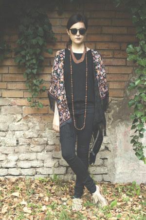 Vero Moda jeans - pieces shirt - romwe sunglasses - Vans sandals