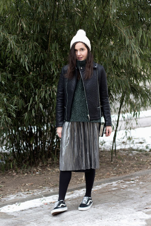 H&M hat - Yoins jacket - H&M sweater - dresslily bag - VIPme skirt