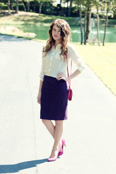 f21 skirt - vintage purse - H&M blouse - f21 heels