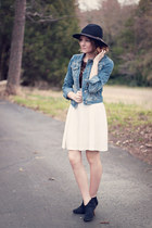 ankle Target boots - f21 hat