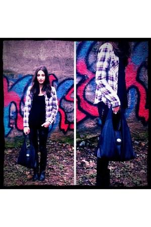 black Stradivarius boots - New Yorker jeans - black Stradivarius shirt