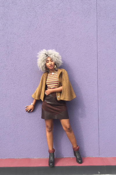 light brown Zara cape - black Steve Madden boots - dark brown Zara skirt