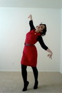 Liz-claiborne-dress-black-tights-bella-bird-t-shirt-red-plaid-belt